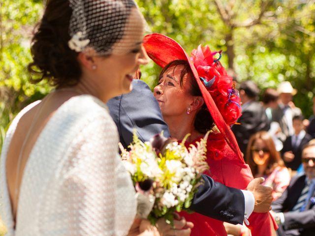 La boda de Luis y Estela en Huermeces, Burgos 19