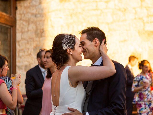 La boda de Luis y Estela en Huermeces, Burgos 40