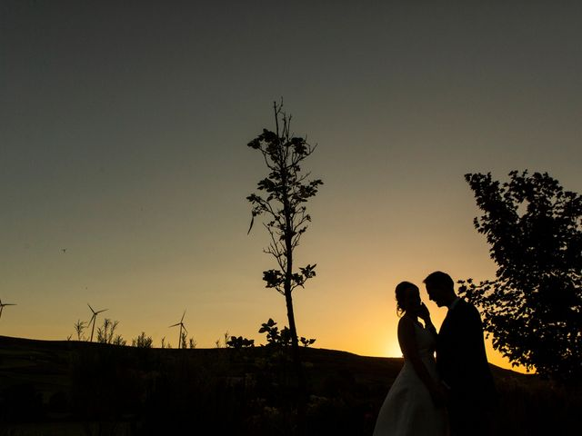La boda de Luis y Estela en Huermeces, Burgos 42