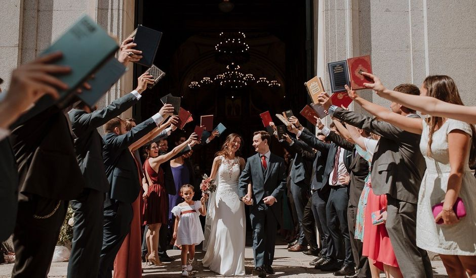 La boda de Javier y Sonia en Madrid, Madrid