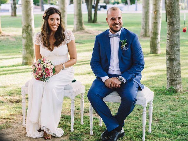 La boda de Pau y Elena en Bellvis, Lleida 23