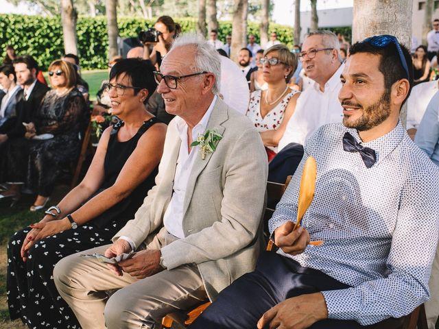 La boda de Pau y Elena en Bellvis, Lleida 25