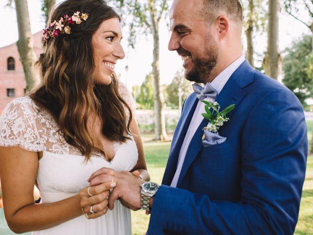 La boda de Pau y Elena en Bellvis, Lleida 27