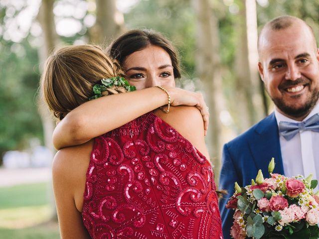 La boda de Pau y Elena en Bellvis, Lleida 28