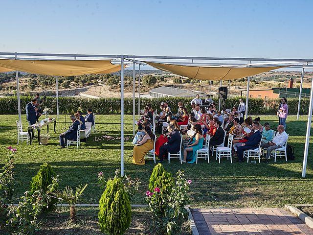 La boda de Alberto y Rocío en La Torre De Esteban Hambran, Toledo 34