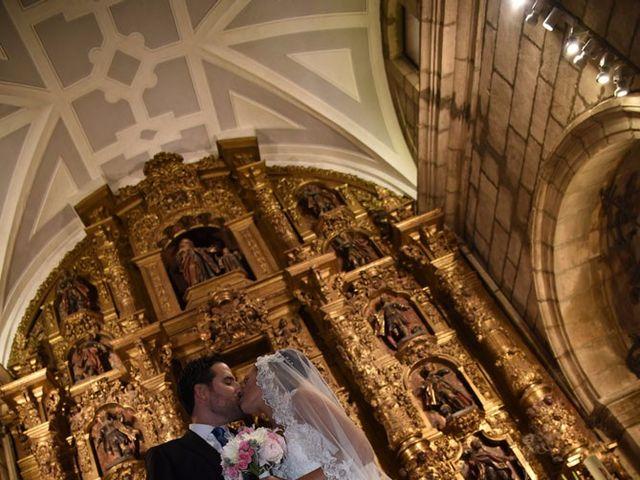 La boda de Manuel y Romina en León, León 28