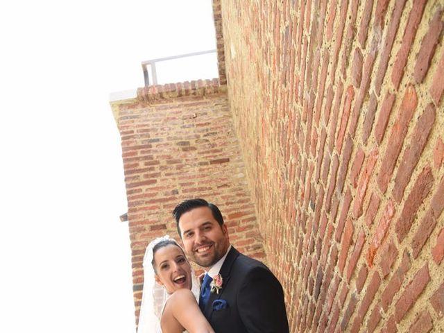 La boda de Manuel y Romina en León, León 39