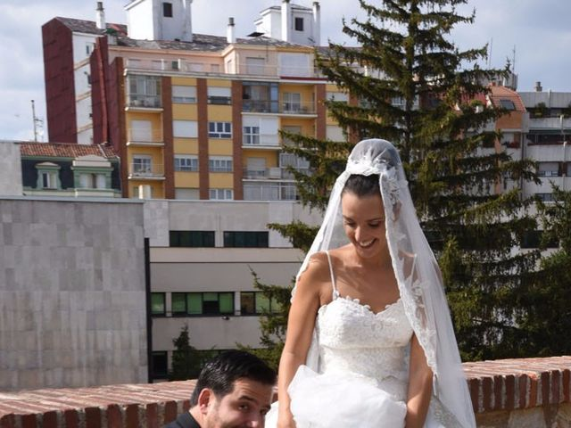 La boda de Manuel y Romina en León, León 40