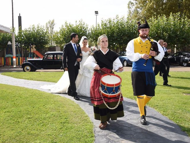 La boda de Manuel y Romina en León, León 46