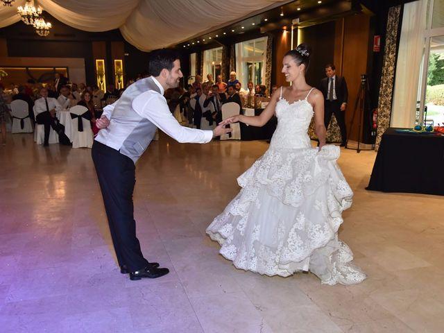 La boda de Manuel y Romina en León, León 87