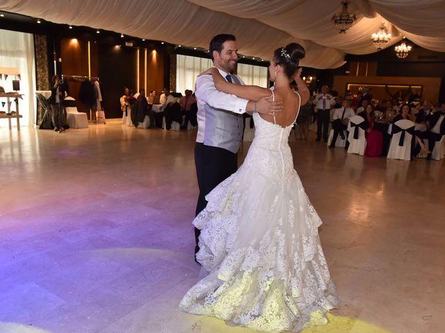 La boda de Manuel y Romina en León, León 89
