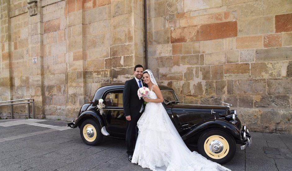 La boda de Manuel y Romina en León, León