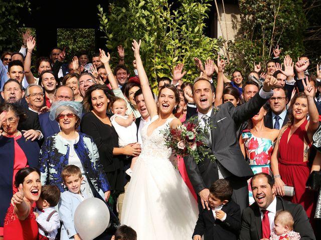 La boda de Julen y Miren en Gordexola, Vizcaya 34