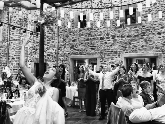 La boda de Julen y Miren en Gordexola, Vizcaya 46
