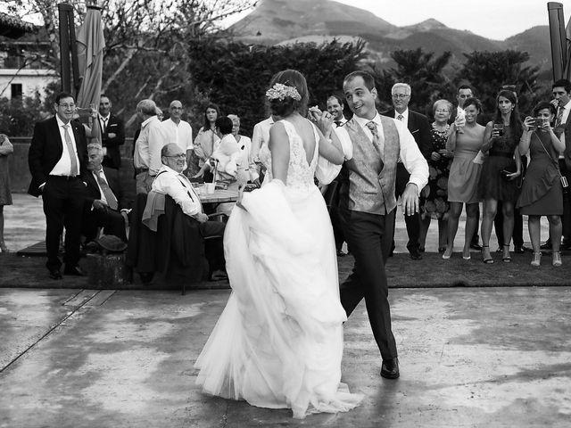 La boda de Julen y Miren en Gordexola, Vizcaya 51