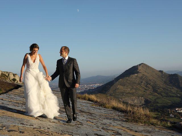 La boda de Julen y Miren en Gordexola, Vizcaya 53