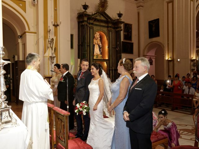 La boda de Manuel Jesús y Rosarito en Arahal, Sevilla 14