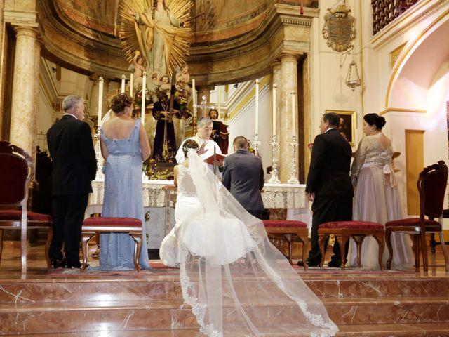 La boda de Manuel Jesús y Rosarito en Arahal, Sevilla 15