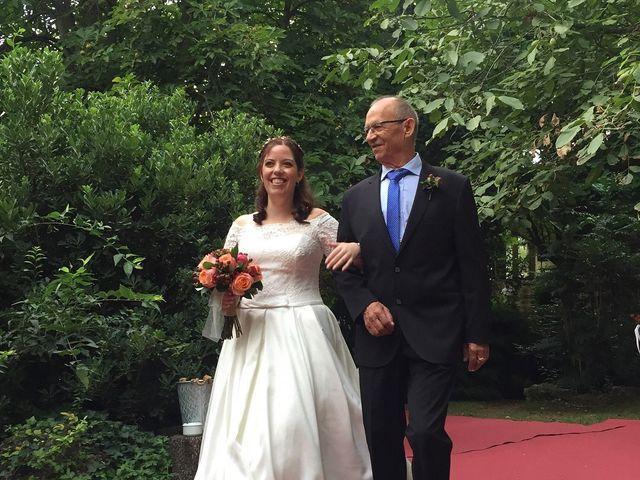La boda de Lluís y Elisa en La Pobla De Claramunt, Barcelona 10