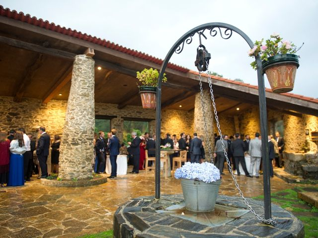 La boda de Pablo y Lorena en Cambre, A Coruña 15