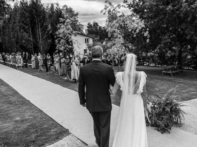 La boda de Andrés y Elena en Cubas, Cantabria 17