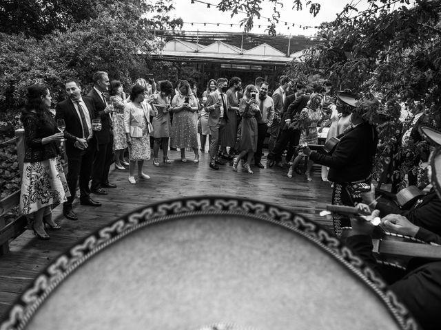 La boda de Andrés y Elena en Cubas, Cantabria 44