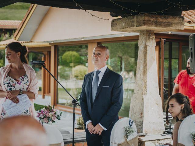 La boda de Jose Carlos y Magdalena en Naveces, Asturias 31