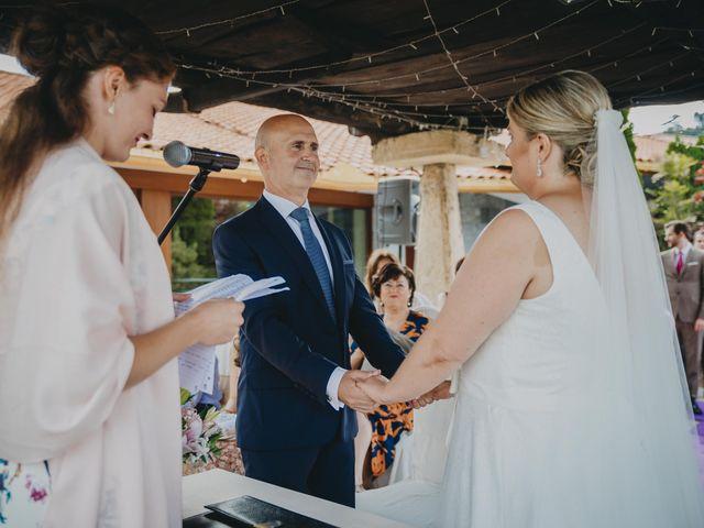 La boda de Jose Carlos y Magdalena en Naveces, Asturias 42