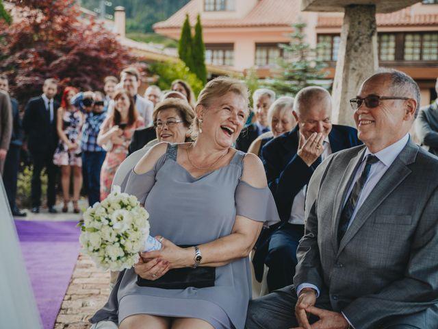 La boda de Jose Carlos y Magdalena en Naveces, Asturias 44