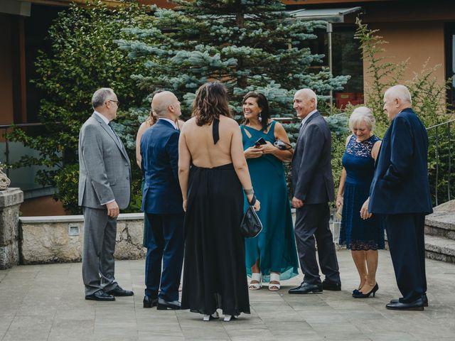 La boda de Jose Carlos y Magdalena en Naveces, Asturias 63
