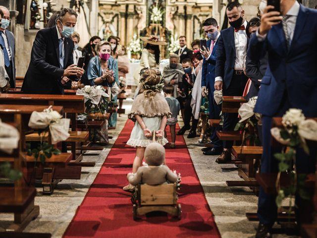 La boda de Víctor y Berta en Pontevedra, Pontevedra 29