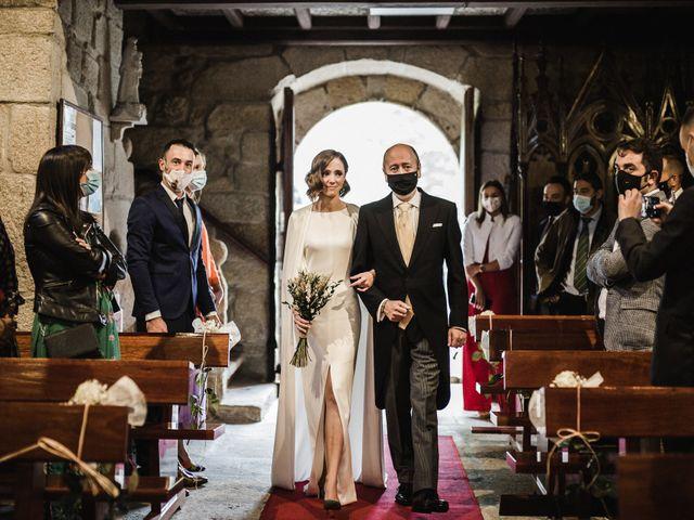 La boda de Víctor y Berta en Pontevedra, Pontevedra 30