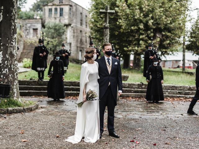 La boda de Víctor y Berta en Pontevedra, Pontevedra 40