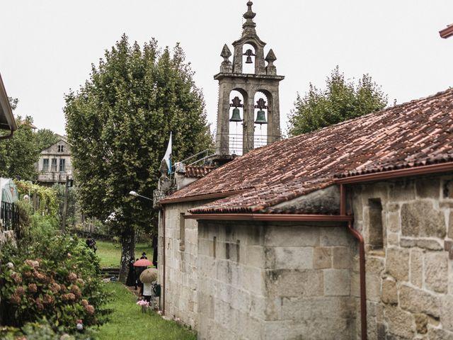 La boda de Víctor y Berta en Pontevedra, Pontevedra 41