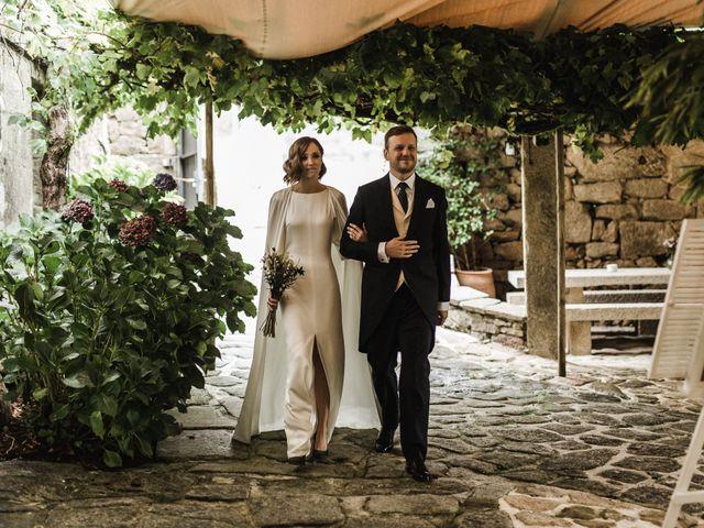 La boda de Víctor y Berta en Pontevedra, Pontevedra 46