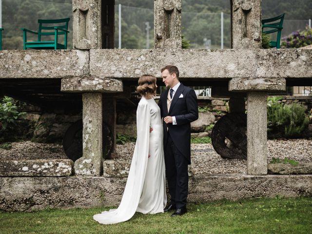 La boda de Víctor y Berta en Pontevedra, Pontevedra 57