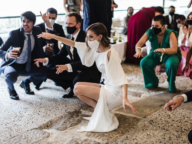 La boda de Víctor y Berta en Pontevedra, Pontevedra 64