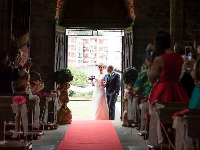 La boda de Urko y María en Bakio, Vizcaya 9