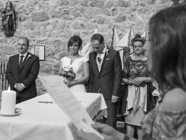 La boda de Urko y María en Bakio, Vizcaya 13