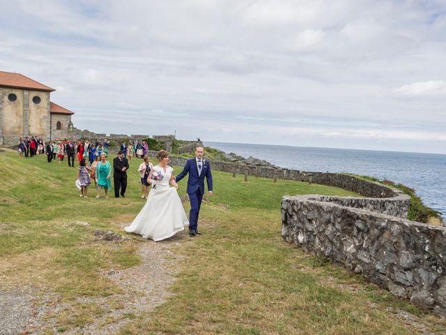 La boda de Urko y María en Bakio, Vizcaya 34