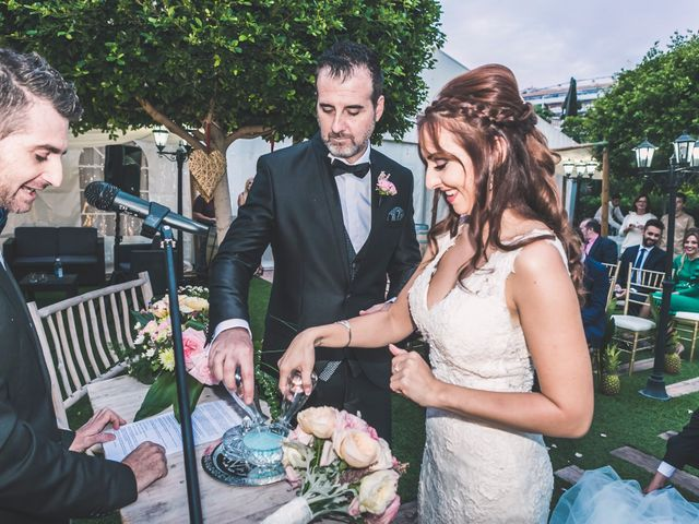 La boda de Oscar y Laura en Altea, Alicante 33