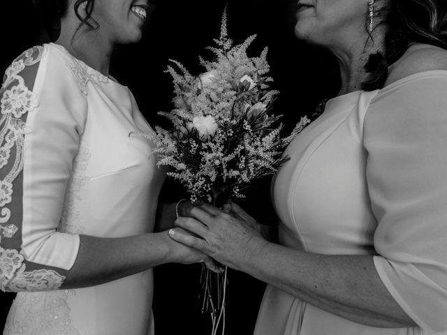 La boda de David y Cristina en Villafranca De Los Barros, Badajoz 12