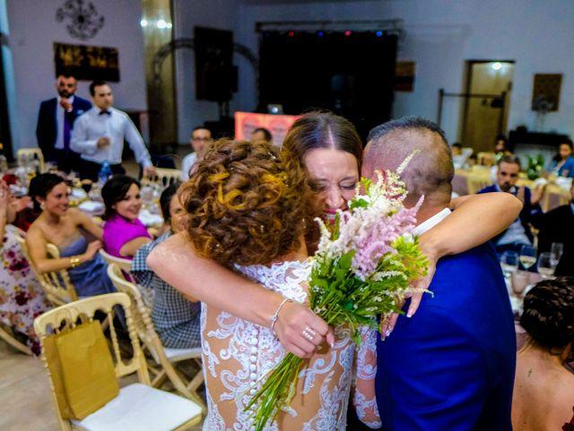La boda de David y Cristina en Villafranca De Los Barros, Badajoz 16