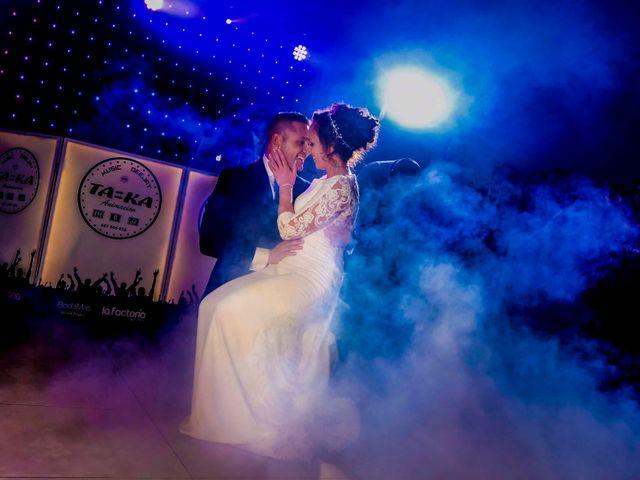 La boda de David y Cristina en Villafranca De Los Barros, Badajoz 23