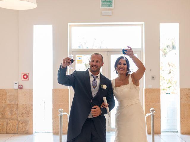 La boda de Dani y Aurora en San Fernando, Cádiz 24