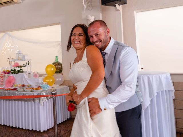 La boda de Dani y Aurora en San Fernando, Cádiz 31