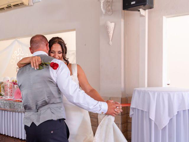 La boda de Dani y Aurora en San Fernando, Cádiz 32