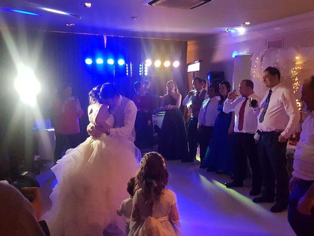 La boda de Francisco y Maitane en Bilbao, Vizcaya 13