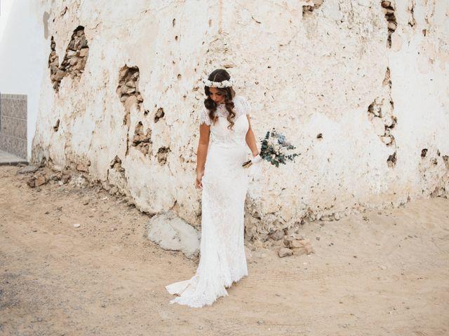 La boda de Nauzet y Laura en Caleta De Sebo (Isla Graciosa), Las Palmas 4