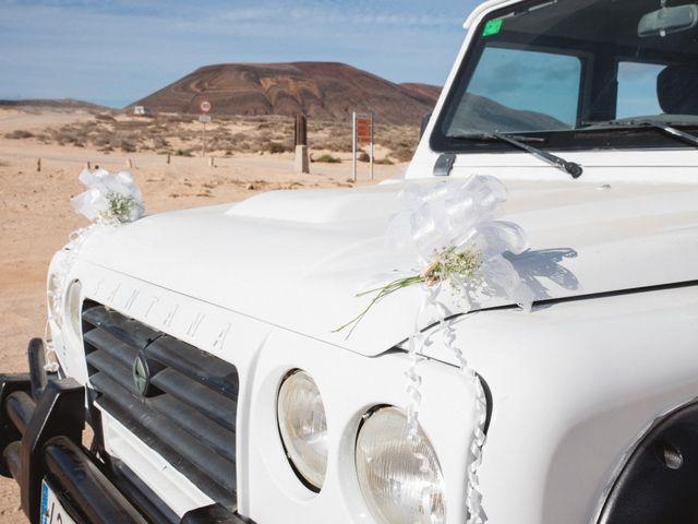 La boda de Nauzet y Laura en Caleta De Sebo (Isla Graciosa), Las Palmas 11
